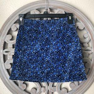 🍬 GAP blue and black floral velvet skirt